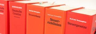 Steuergesetz Bücher